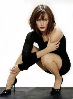 Goal is to be fit and strong like Jennifer garner in alias...so cool