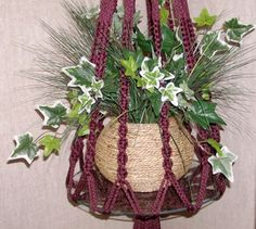 Table macrame plant hanger