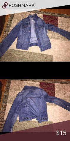 Old Navy Jean jacket Old Navy women's Jean jacket in medium. Old Navy Jackets & Coats Jean Jackets