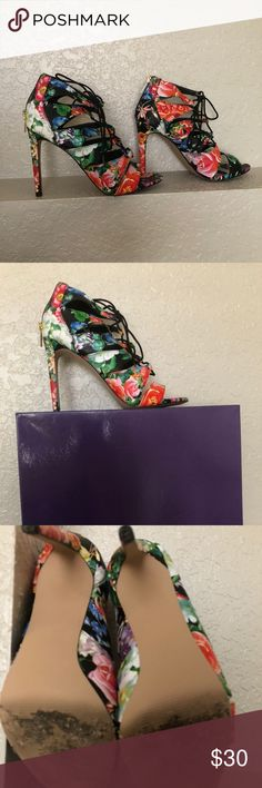 Madden Girl Multicolor Heels - Great Condition - Only worn once Steve Madden Shoes Heels