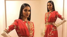 Check out Deepika Padukone's style on how to wear a designer sari. On two different occasions, Deepika Padukone wore a red sari and a green Benarasi silk sari. New Fashion Trends, New Trends, How To Wear A Sari, Red Sari, Dress Fashion, Fashion Outfits, Deepika Padukone Style, Vogue India, Bollywood Celebrities