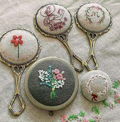 "671 Likes, 9 Comments - 마로 (@maro_embroidery) on Instagram: ""예전에 만들었던. 지금은 그 누군가의  손에 있을~ 나의 #손거울 들. #자수나무 #embroidery#구미프랑스자수"""