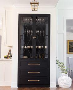 Kitchen Storage Idea: The Built-in China Cabinet - Best Image Portal China Cabinet Bar, Modern Bar Cabinet, In China, Built In Cabinets, Custom Cabinets, China Cabinets And Hutches, Bar Cabinets, Farmhouse Kitchen Cabinets, Kitchen Counters