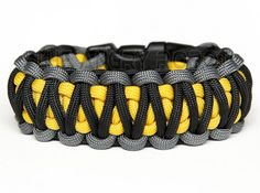 4 color king cobra paracord | Paracord Bracelet King Cobra Grey Black with by theangryrobot