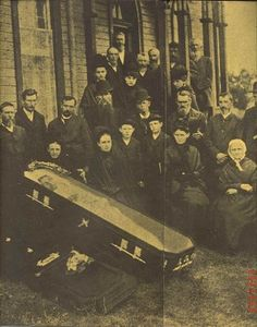 Victorian funeral photo. Always been fascinated by these photos