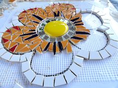 Mosaic Tile Table, Mirror Mosaic, Mosaic Art, Mosaic Glass, Mosaic Flower Pots, Mosaic Garden, Mosaic Crafts, Mosaic Projects, Mosaic Rocks