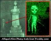 paranormal and psychic happenings: ALIENS IN GRAVEYARD