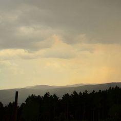 Cuando el tiempo hace cosas raras  . . #Galicia