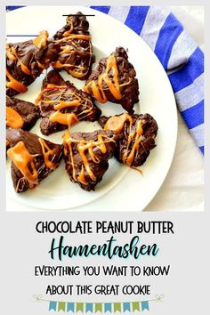 Hamentashen are triangle shaped cookies stuffed with a variety of hamentashen fillings. Check out this chocolate peanut butter version. Passover Recipes, Jewish Recipes, Mexican Food Recipes, Spring Recipes, Holiday Recipes, Holiday Foods, Chocolate Peanut Butter, Chocolate Desserts, Hamentashen Recipe