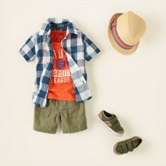 baby boy summer outfit with button down shirt, twill shorts, and fedora #tcp
