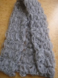 Lover's Knot Ribbon Scarf