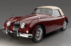 1961 Jaguar Drop Head Coupe Come to me my dearest friend! British Sports Cars, Classic Sports Cars, Classy Cars, Sexy Cars, Rolls Royce, Bugatti, Peugeot, Vintage Cars, Antique Cars