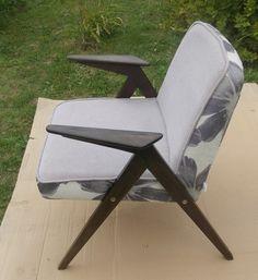 Bunny Chair  typ  300-177 obecnie uznany na świecie jako ikona PRL ,wysyłam kurierem. tel: 501198681.