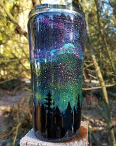 All the other girls here are stars⭐ You are the Northern Lights🌌❤ Handmade Northern lights 20 oz stainless steel glitter tumbler From Lace Mason Designs Diy Tumblers, Custom Tumblers, Personalized Tumblers, Glitter Tumblers, Glitter Cups, Glitter Girl, Glitter Balloons, Tumblr Cup, Cup Crafts