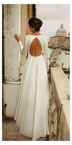 Simple Wedding Dress With Sleeves, Plain Wedding Dress, Open Back Wedding Dress, Black Wedding Dresses, Long Sleeve Wedding, Wedding Dress Sleeves, Simple Country Wedding Dresses, Long Sleeved Wedding Dresses, Fall Wedding Gowns