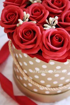 Доброго всем дня😘 ⠀ В НАЛИЧИИ💐♥⠀ Букет из круглых розочек на мыльной основе Цена 1790р ⠀ 🌹Идеально украсит рабочую зону 🌹Впишется в интерьер квартиры 🌹Приятный аромат 🌹Не завянут 🌹Необычный подарок ⠀ Для заказа 👉директ или жмите на ссылку в шапке профиля ☎8-904-959-66-64 ⠀ Soap Recipes, Roses, Flowers, Cards, Wedding, Ideas, Valentines Day Weddings, Pink, Rose