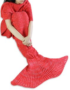 iEFiEL Red Handcrafted Knitted Mermaid Tail Blanket Sleeping Bag for Adult