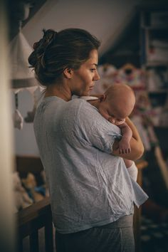 Your postpartum bleeding keeps returning - Don't Ignore These Signs That You Need to Slow Down as a Mom - Photos