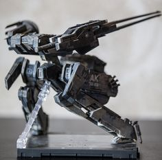 What ho fellows Well i finished my Galactica and was going to start on the TOS Battlestar, but then i saw how much resin was involved and decided id. Metal Gear Rex, Metal Gear Solid, Robot Costumes, Gaming Room Setup, 3d Printer, Chains, Gears, Action Figures, Lego