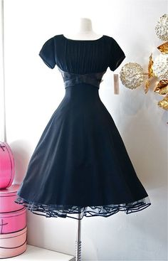 1950's style fall/winter daydresses - Google Search
