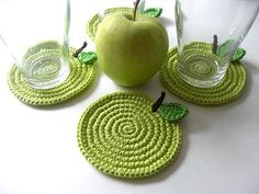 Cute coasters... also on same page pear and ladybug coasters... very cute!