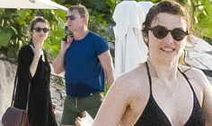 Licence to thrill: Daniel Craig and Rachel Weisz  in Caribbean