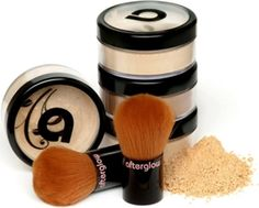 7 #Fabulous Nontoxic Foundations for Flawless Skin ...
