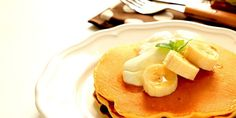 Try our delicious Banana Pancakes recipe as part of your weight loss diet plan. Join your nearest Unislim class for more recipes, advice and support! Unislim Recipes, Healthy Recipes, Slimming Recipes, Banana Pancakes, Weight Loss Diet Plan, Nom Nom, Food Porn, Fruit, Cooking
