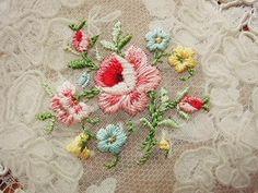 ローズ刺繍パーツ(在庫4) - イギリスとフランスのアンティーク | バラと天使のアンティーク | Eglantyne(エグランティーヌ)