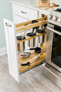 Creating the best smart kitchen storage is easier. Storage for your kitchen helps you to make your kitchen doesn't look messy so that you need it. However, when you create it, you have to know smart kitchen storage solution ideas… Continue Reading → Small Apartment Kitchen, Small Kitchen Storage, Kitchen Storage Solutions, Smart Kitchen, New Kitchen, Kitchen Decor, Kitchen Ideas, Kitchen Colors, Organized Kitchen