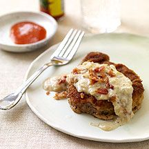 chicken fried steak is the very very best food in the world to me.  This weight watchers version makes both sides of the brain happy.