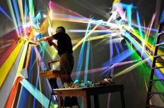 Artist Uses Refraction to Create Epic Graffiti Style Light Paintings - BlazePress