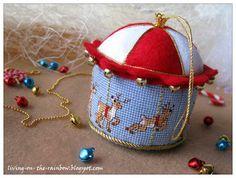 Живущая на Радугe: Каруселька / Merry-go-round