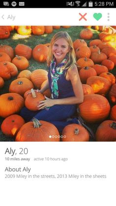 Aly, and her flawless understanding of pop culture. Tinder Bio, Tinder Humor, Tinder Profile, Funny Memes, Hilarious, Jokes, College Humor, Minions Quotes, Make Me Smile