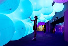 teamlab-flowers-and-fish-enoshima-aquarium-designboom-01