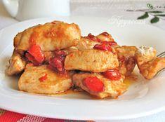 Определённо, этот рецепт заслуживает того, чтобы оказаться в вашей коллекции. Приготовить по нему куриное филе в сладком соусе настолько просто и быстро, что когда вас будут хвалить за эту вкуснятину, пожалуй, вы даже будете чувствовать себя немного виноватым – ведь все так просто! Ну, а вкус… просто божественный!  Ингредиенты на 3-4 порции 500-550 […]