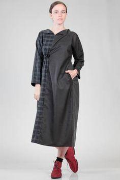 abito lungo e ampio in tartan di lana, in tela di lana a tinta unita e in cotone cittadino a tinta unita - DANIELA GREGIS