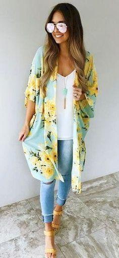 For more inspiration follow me on instagram @lapurefemme or click on photo to visit my blog! #ootd #trends #stylegram #styles #streetfashion fashioninspo #todayiwore #fashionblog #fashionista #outfitpost #fashion #women'sfashiontrends