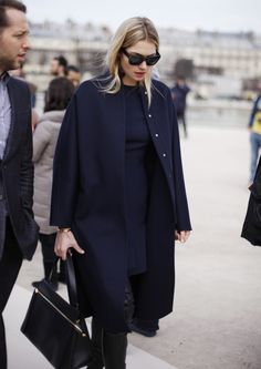 Casual Winter Outfits Ideas For Work 2018 03 Mode Style, Style Blog, Style Me, Navy Style, Looks Street Style, Looks Style, Business Outfit Frau, Casual Mode, Business Mode