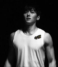 Ji Chang Wook in _Healer_ 2014 Seo Jung‑hoo Ji Chang Wook, Korean Men, Korean Actors, Empress Ki, Dong Hae, Jang Hyuk, Best Actor, Hot Boys, Love Songs