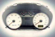 Cuadro de instrumentos para Volkswagen GOL, PARATI y SAVEIRO de años 2003 al 2006. http://articulo.mercadolibre.com.ve/MLV-418128946-5x0920823p-cuando-de-instrumentos-vw-gol-parati-saveiro-_JM