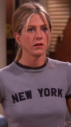 jennifer aniston outfits best outfits - Page 2 of 101 - Celebrity Style and Fashion Trends Estilo Rachel Green, Rachel Green Hair, Rachel Green Friends, Rachel Green Outfits, Rachel Green Style, Serie Friends, Friends Cast, Friends Moments, Friends Tv Show