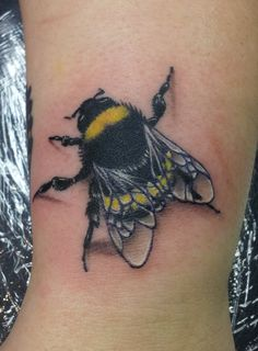 Yellow And Black 3D Bee Tattoo Design
