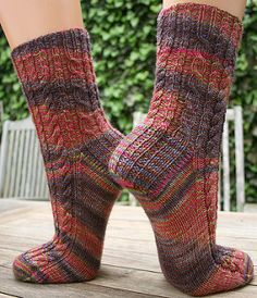 If you like these socks you might also enjoy my other free cabled sock pattern Pittsworth.