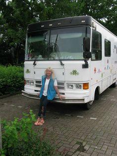 Super  In Niedersachsen, wo ich so nebenbei das Licht der Welt erblicken durfte, fanden wir einen ruhigen u... #algarve #portugal_em_fotos #portugal #vanlifeportugal #camperlife #onroadlife #vanlifediaries #homeiswhereyouparkit #vanlife #campingleben #happycamper #myvanobsession #happytruck #rumtreiberin #livinginacamper #lifeonroad #lebenaufdemparkplatz #buslife #homeonwheels #lebenaufrädern #lebenimwohnmobil