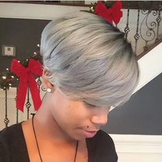 STYLIST FEATURE| This ashe blue bowl cut is HOT✂️ Sew in by @hairbykelseymandisa and hair color by @teqnical_styles❤️|| Use #VoiceOfHair to be featured! ========================= Go to VoiceOfHair.com ========================= Find hairstyles and hair tips! =========================