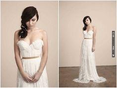 romantic Sarah Seven wedding dress | Nikole Ramsay Photography | CHECK OUT MORE IDEAS AT WEDDINGPINS.NET | #weddings #weddingdress #inspirational