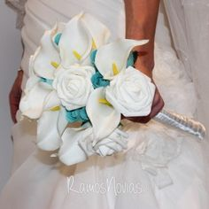 ramo-novia-calas-rosas-madera-azules3 Icing, Desserts, Food, Calla Lilies, Wedding Bouquets, Boyfriends, Wood, Tailgate Desserts, Deserts