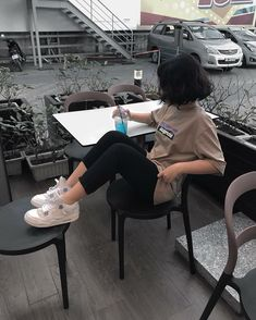 Image about girl in ~ Short hair, artistic spirit ~ by ~ Miss Mikaela ~ hair korean Image about girl in ~ Short hair, artistic spirit ~ by ~ Miss Mikaela ~ Short Hair Outfits, Girl Short Hair, Short Girls, Girl Outfits, Cute Outfits, Fashion Outfits, Ulzzang Korean Girl, Cute Korean Girl, Asian Girl