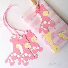 Pink Giraffe gift tags / favor tags. Baby shower, first birthday, it's a girl. New baby. Pink & white. Safari, jungle theme. Birthday party. by MyPaperPlanet
